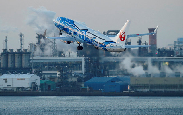 Japan Transocean Air (JTA), Japan Airlines (JAL) group, Boeing 737-400 painted in special livery takes off from the Tokyo International Airport, commonly known as Haneda Airport, in Tokyo, Japan January 10, 2018. (Photo by Toru Hanai/Reuters)