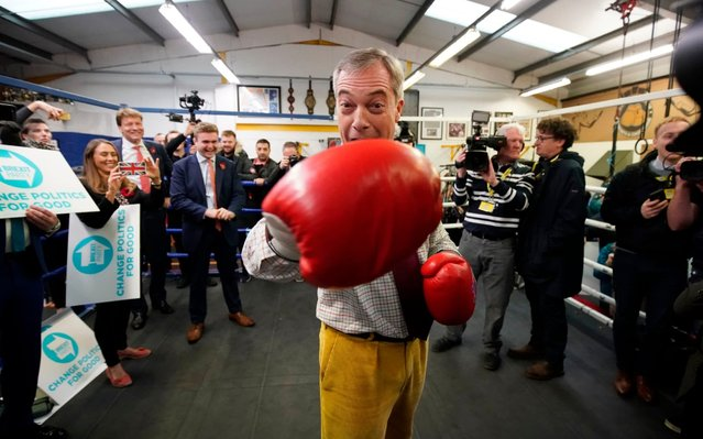 Brexit party leader Nigel Farage attends an election campaign event at Bolsover Boxing Club on November 5, 2019 in Bolsover, England. The UK's main parties are gearing up for a December 12 general election after the motion was carried in a bid to break the current Parliamentary deadlock over Brexit. (Photo by Christopher Furlong/Getty Images)