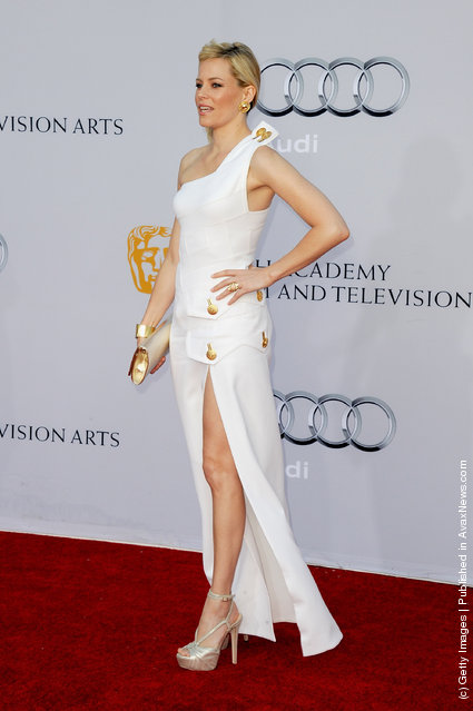 Actress Elizabeth Banks arrives at the BAFTA Brits To Watch event held at the Belasco Theatre