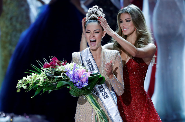 Miss South Africa Demi-Leigh Nel-Peters reacts as she is crowned by Miss Universe 2016 Iris Mittenaere during the 66th Miss Universe pageant at Planet Hollywood in Las Vegas, November 26, 2017. (Photo by Steve Marcus/Reuters)
