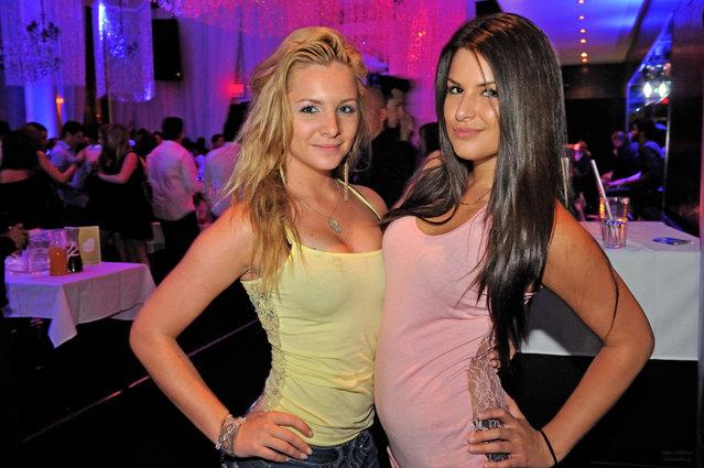 """""""Avicii Party"""". (Jazmin Million)"""