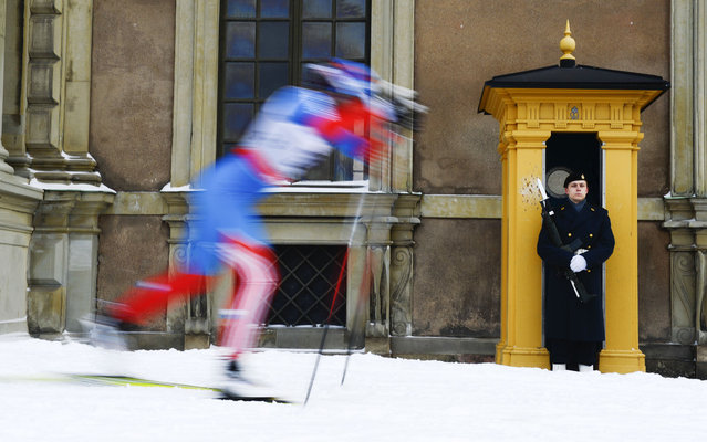 An athlete competes during the Women's  1.1 kilometer cross country World Cup Royal Palace Sprint on March 20, 2013 in Stockholm. (Photo by Jonathan Nackstrand/AFP Photo)