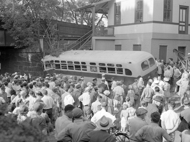 Bus accident, approximate 1949. (Photo by Leslie Jones)