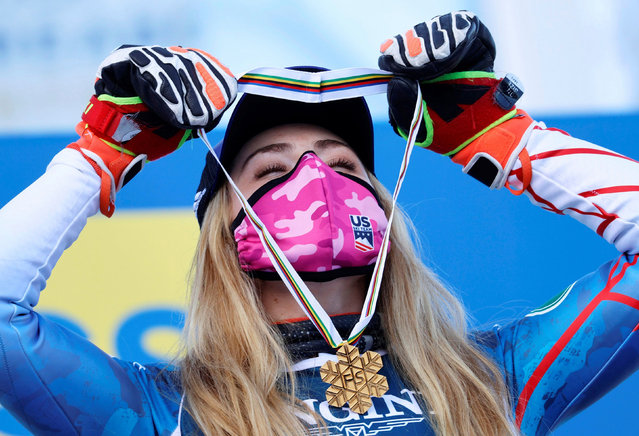 Gold medalist Mikaela Shiffrin of the US poses during the podium ceremony of the Women's Combined event at the FIS Alpine Skiing World Cha​mpionships in Cortina d'Ampezzo, Italy, 15 February 2021. (Photo by Leonhard Föger/Reuters)
