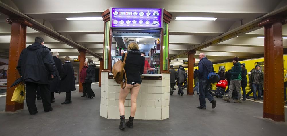 No Pants Subway Ride 2015, Part 1/2