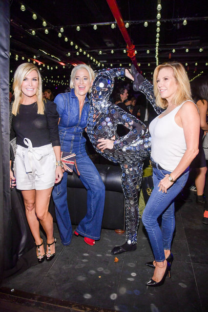 (L-R) TV personalities Tinsley Mortimer, Dorinda Medley and Ramona Singer attend the Slate Club Relaunch Party at Slate on September 26, 2018 in New York City. (Photo by Ben Gabbe/Getty Images)