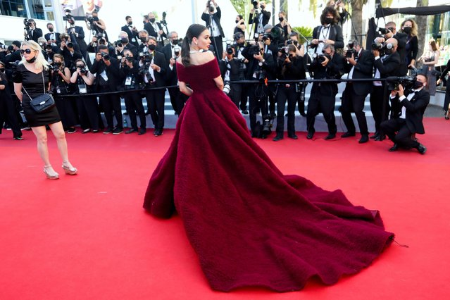 """British actress and model Amy Jackson arrives for the screening of the film """"A Felesegem Tortenete"""" (The Story Of My Wife) at the 74th edition of the Cannes Film Festival in Cannes, southern France, on July 14, 2021. (Photo by Reinhard Krause/Reuters)"""