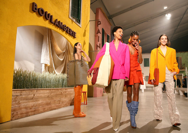 Models present creations by designer Simon Porte Jacquemus as part of his Fall/Winter 2019-2020 show during the women's ready-to-wear collections at the Paris Fashion Week in Paris, France February 25, 2019. (Photo by Stephane Mahe/Reuters)