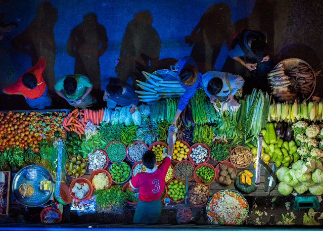 Food for sale – Vegetable Stall by Zay Yar Lin. (Photo by Zay Yar Lin/Pink Lady Food Photographer Award 2020)