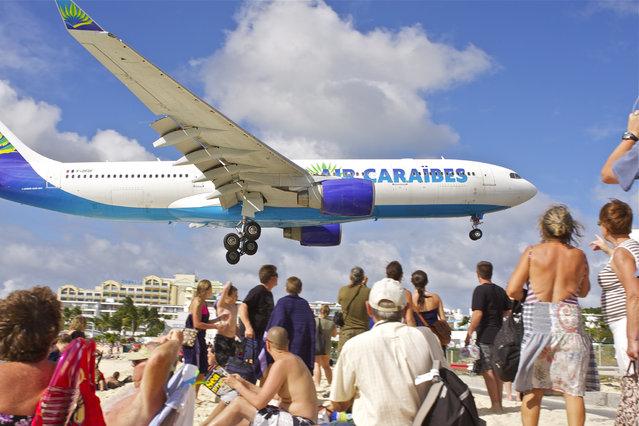 Landing at Princess Juliana airport. (Photo by Michelle R)