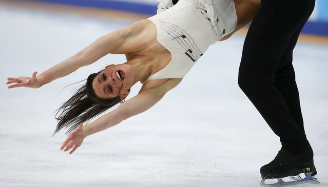 Figure Skating, ISU Grand Prix Rostelecom Cup 2016/2017, Ice Dance Free Dance in Moscow, Russia on November 5, 2016. Charlene Guignard and Marco Fabbri of Italy compete. (Photo by Maxim Shemetov/Reuters)