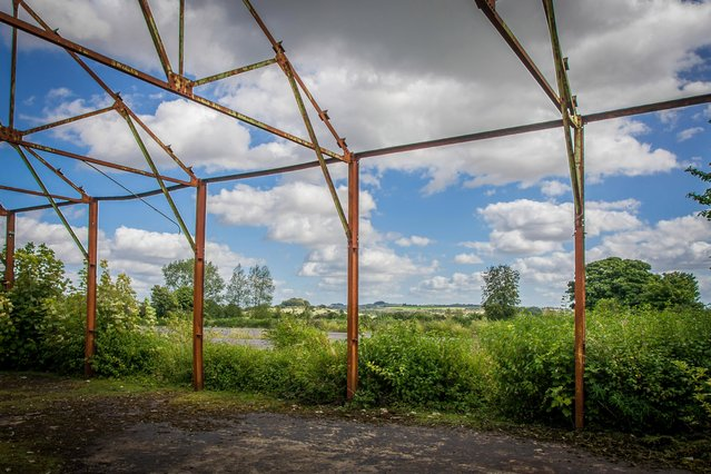The rusting skeleton of a hall at the Bushfield army training camp near Winchester where Royal Green Jacket recruits were trained stands forlornly. (Photo by MediaDrumWorld.com)