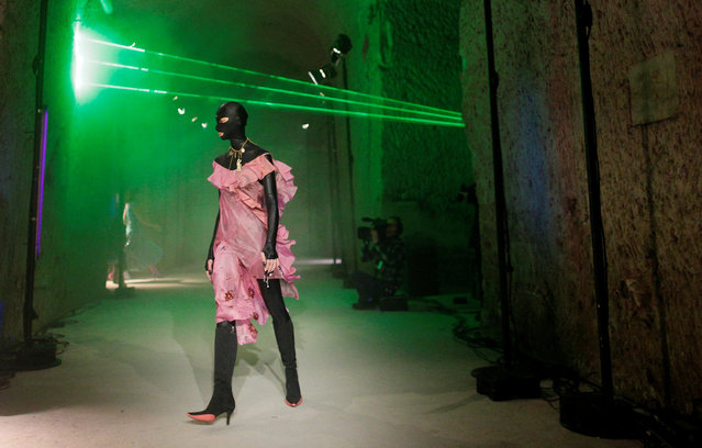 A model presents a creation by designer Marine Serre as part of her Fall/Winter 2019-2020 women's ready-to-wear collection show during the Paris Fashion Week in Paris, France, February 26, 2019. (Photo by Stephane Mahe/Reuters)