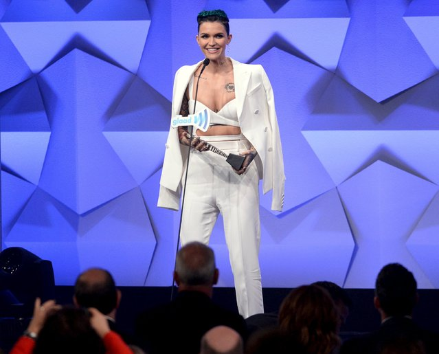 Ruby Rose accepts the Stephen F. Kolzak Award during the 27th annual GLAAD Media Awards in Beverly Hills, California April 2, 2016. (Photo by Phil McCarten/Reuters)