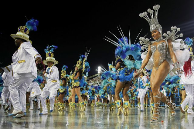 Drum queen Aline Riscado of Vila Isabel samba school performs alongside others during the second night of the Carnival parade at the Sambadrome in Rio de Janeiro, Brazil on February 24, 2020. (Photo by Ricardo Moraes/Reuters)