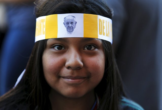 Tracy Pineda from Mexico wears a headband after greeting Pope Francis outside Saint Matthew's Cathedral in Washington September 23, 2015. (Photo by Yuri Gripas/Reuters)