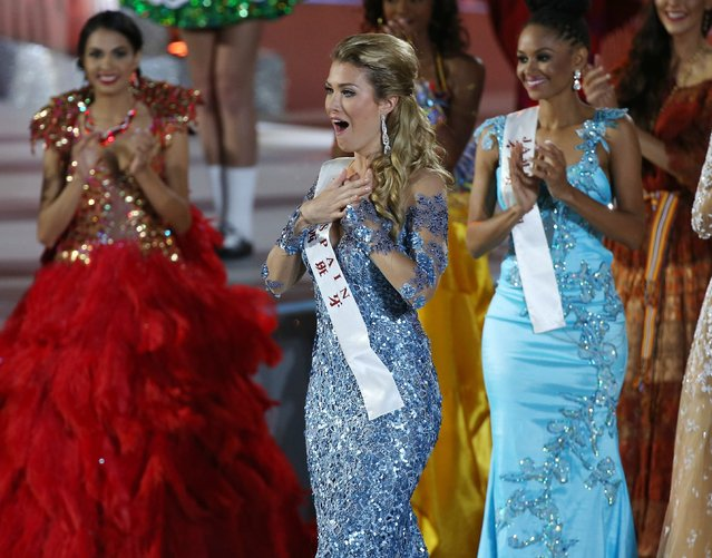 Miss Spain, Mireia Lalaguna Royo (C) reacts after winning the Miss World title Miss World during the grand final of the 65th Miss World pageant at the Beauty Crown Hotel Complex  in Sanya, Hainan Province of China, 19 December 2015. (Photo by How Hwee Young/EPA)