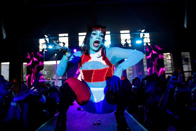 """A drag queen performs during drag extravaganza """"Bushwig"""" that was cancelled last year due to the coronavirus disease (COVID-19) pandemic in New York City, New York, U.S., September 12, 2021. (Photo by Stephanie Keith/Reuters)"""