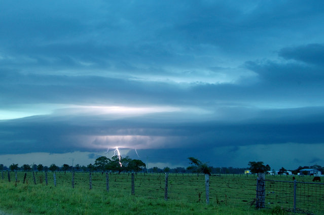 """Lightning Flash Photography"". Casino, New South Wales, Australia – January 28, 2010. (Photo by Michael Bath/Caters News)"