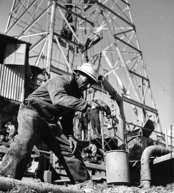 1955:  Oil drilling taking place in Iran