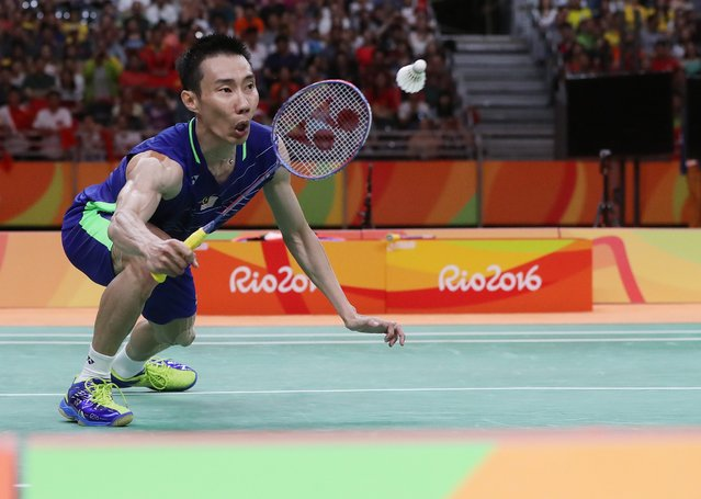 Chong Wei Lee of Malaysia in action against Long Chen of China during the Rio 2016 Olympic Games Men's Singles Gold Medal Match at the Riocentro in Rio de Janeiro, Brazil, 20 August 2016. (Photo by Esteban Biba/EPA)