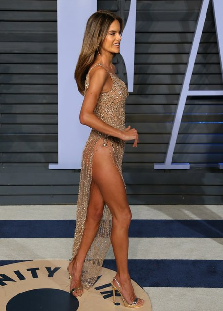 Alessandra Ambrosio attends the 2018 Vanity Fair Oscar Party following the 90th Academy Awards at The Wallis Annenberg Center for the Performing Arts in Beverly Hills, California, on March 4, 2018. (Photo by Jean-Baptiste Lacroix/AFP Photo)