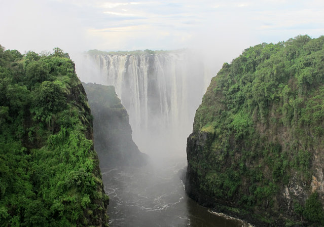 ZAMBIA: A general view of the Victoria Falls on the Zambezi River which forms the border between Zambia and Zimbabwe. (Photo by Joe Brock/Reuters)
