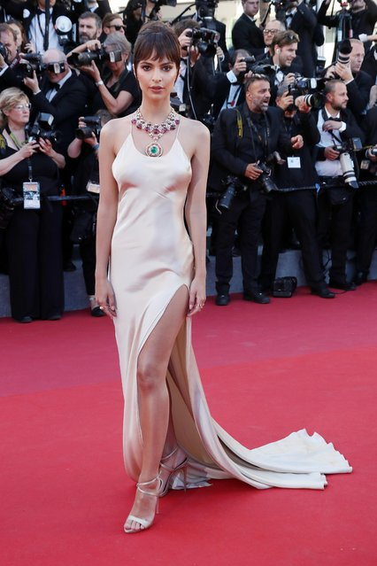 """Emily Ratajkowski attends the """"Ismael's Ghosts (Les Fantomes d'Ismael)"""" screening and Opening Gala during the 70th annual Cannes Film Festival at Palais des Festivals on May 17, 2017 in Cannes, France. (Photo by Matt Baron/Rex Features/Shutterstock)"""