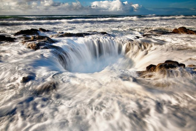 Thor's Well in Cape Perpetua