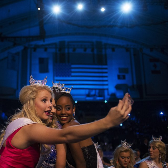Miss America's Outstanding Teen contestants take a selfie ahead of the 2015 Miss America Competition in Atlantic City, New Jersey September 14, 2014. (Photo by Adrees Latif/Reuters)