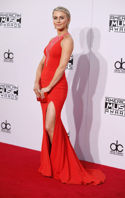 Dancer Julianne Hough arrives at the 42nd American Music Awards in Los Angeles. (Photo by Danny Moloshok/Reuters)