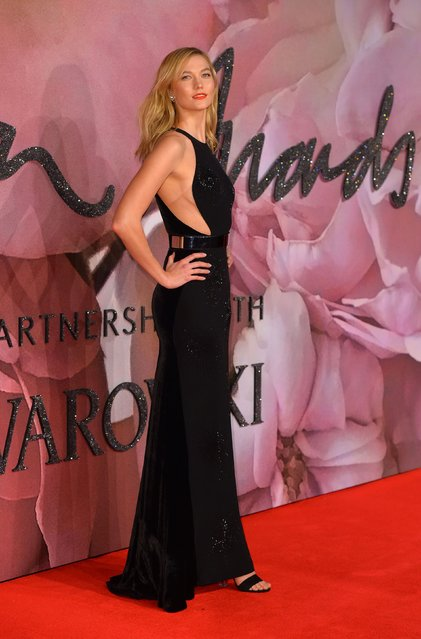 Karlie Kloss attends The Fashion Awards 2016 on December 5, 2016 in London, United Kingdom. (Photo by PA Wire)