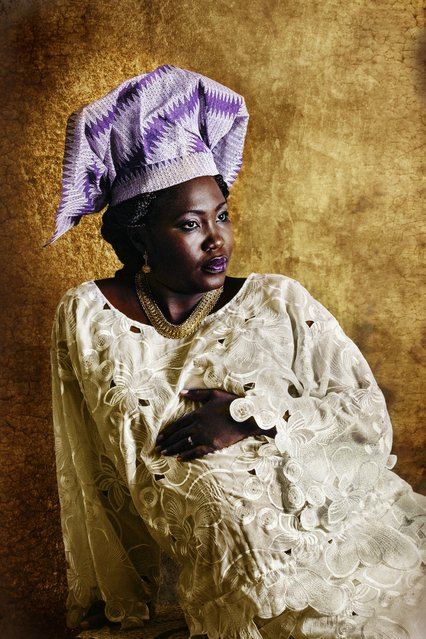 Yoruba. In Resilients, Ivorian photographer Joana Choumali shows modern African women dressed in the traditional clothes of their ancestors – and celebrates rich and beautiful cultures in danger of being forgotten. (Photo by Joana Choumali/The Guardian)