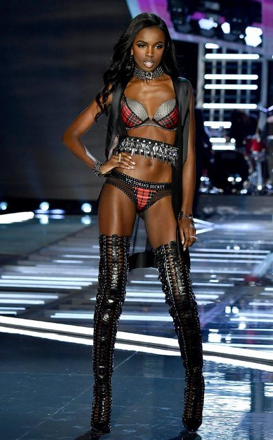 Model Leomie Anderson walks the runway during the 2017 Victoria's Secret Fashion Show In Shanghai at Mercedes-Benz Arena on November 20, 2017 in Shanghai, China. (Photo by Frazer Harrison/Getty Images for Victoria's Secret)