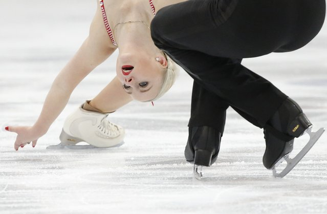 Annabelle Proelss and Ruben Blommaert of Germany perform during the pairs free skating program at the Rostelecom Cup ISU Grand Prix of Figure Skating in Moscow November 15, 2014. (Photo by Grigory Dukor/Reuters)