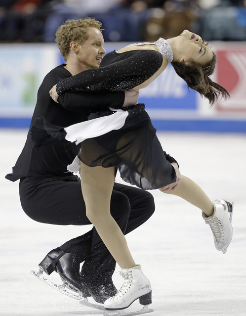 Madison Chock, right, and Evan Bates perform during the free dance program in the U.S. Figure Skating Championships in Greensboro, N.C., Saturday, January 24, 2015. (Photo by Gerry Broome/AP Photo)