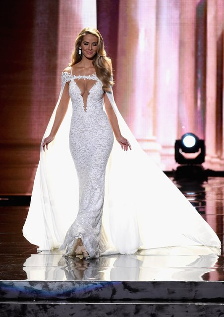 Miss USA 2015, Olivia Jordan, competes in the evening gown competition during the 2015 Miss Universe Pageant at The Axis at Planet Hollywood Resort & Casino on December 20, 2015 in Las Vegas, Nevada. (Photo by Ethan Miller/Getty Images)