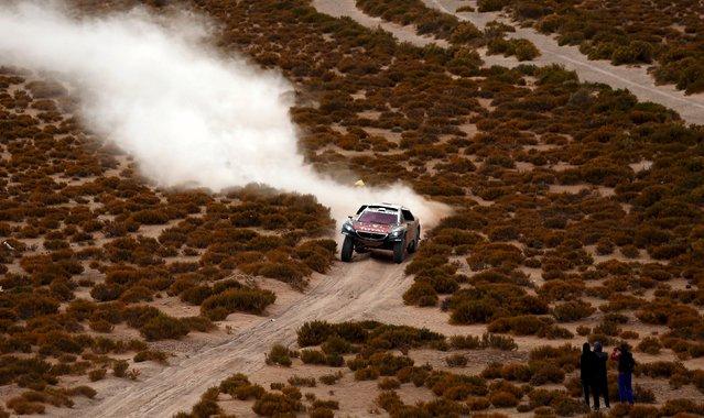 Sebastien Loeb of France drives his Peugeot during the fifth stage Jujuy-Uyuni in the Dakar Rally 2016 near Uyuni, Bolivia, January 7, 2016. (Photo by Marcos Brindicci/Reuters)
