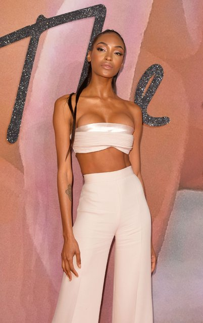 Jourdan Dunn attends The Fashion Awards 2016 on December 5, 2016 in London, United Kingdom. (Photo by PA Wire)
