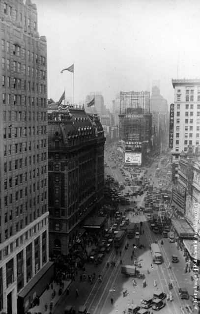 1934: Broadway looking towards Times Square in New York