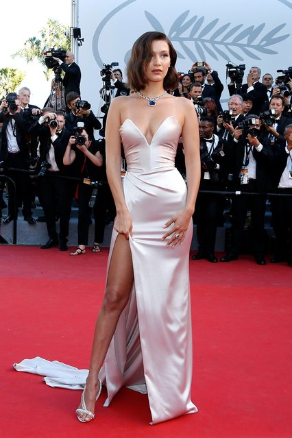 """US model Bella Hadid arrives for the screening of """"Les Fantomes d'Ismael"""" (Ismael's Ghosts) and the Opening Ceremony of the 70th annual Cannes Film Festival in Cannes, France, 17 May 2017. (Photo by Julien Warnand/EPA)"""
