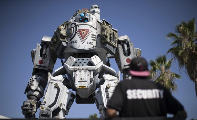 "A prop depicting a character from the video game ""Titanfall"" is on display before the opening day of the Electronic Entertainment Expo, or E3, in Los Angeles, June 9, 2014.  REUTERS/Mario Anzuoni"