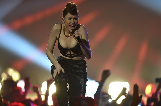Singer Kiesza performs during the 2014 MTV Europe Music Awards at the SSE Hydro Arena in Glasgow, Scotland, November 9, 2014. (Photo by Toby Melville/Reuters)
