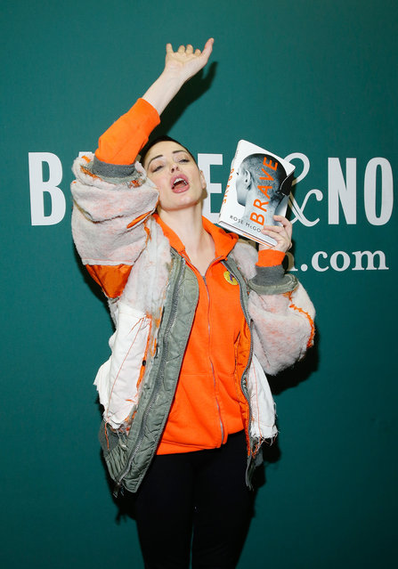"""Rose McGowan signs copies of her memoir """"Brave"""" at Barnes & Noble Union Square on January 31, 2018 in New York City. (Photo by John Lamparski/Getty Images)"""