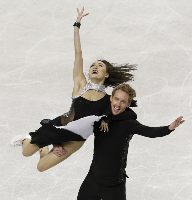 Madison Chock and Evan Bates perform during their free dance program at the U.S. Figure Skating Championships in Greensboro, N.C., Saturday, January 24, 2015. (Photo by Chuck Burton/AP Photo)