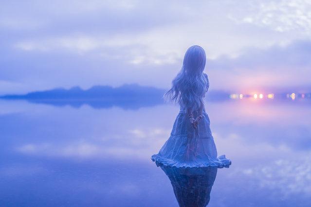 """""""Fantastical lake"""". Location: Towadako lake at daybreak, Japan. (Photo and caption by AZURE)"""