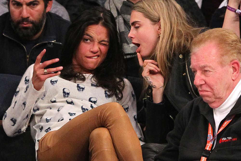 Michelle Rodriguez & Cara Delevigne Share Drunk Kiss at Knicks Game