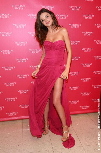Miranda Kerr attends the unveiling of the 2011 Fantasy Treasure Bra at Victoria's Secret