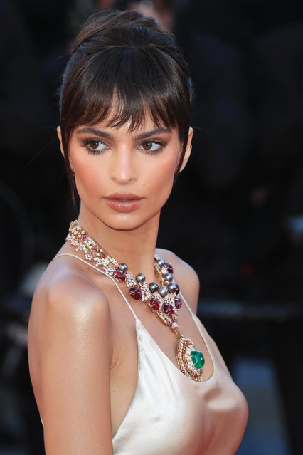 """Emily Ratajkowski attends the """"Ismael's Ghosts (Les Fantomes d'Ismael)"""" screening and Opening Gala during the 70th annual Cannes Film Festival at Palais des Festivals on May 17, 2017 in Cannes, France. (Photo by Antonio de Moraes Barros Filho/FilmMagic)"""