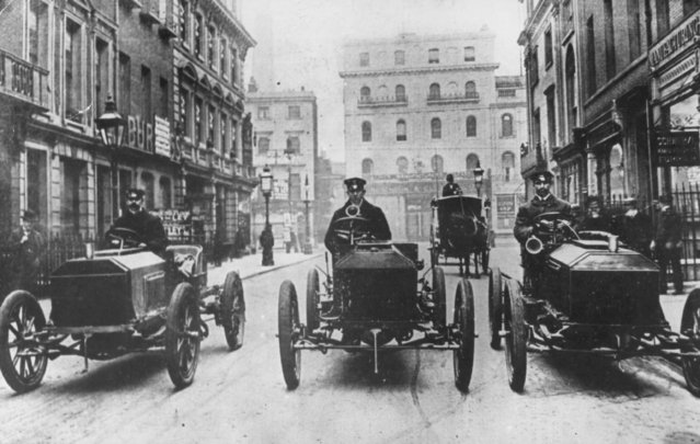The Napier team for the Gordon Bennett motor car race of 1903 (left to right) Stock, Farrott and Edge.